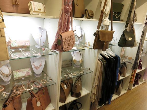 Jules fashio retail cabinet lighting